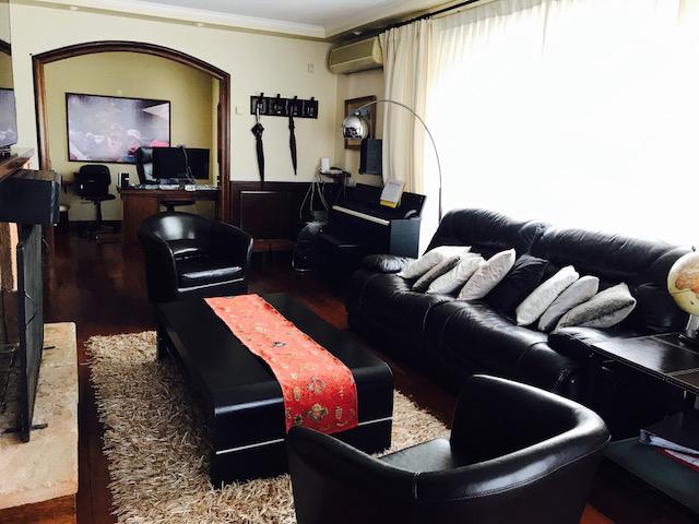 Preciosa casa en carrasco uruguay inmuebles for Casa minimalista uy