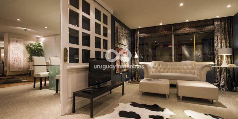 Apartamento con Muebles en Zona Pocitos - Uruguay Inmuebles (14)
