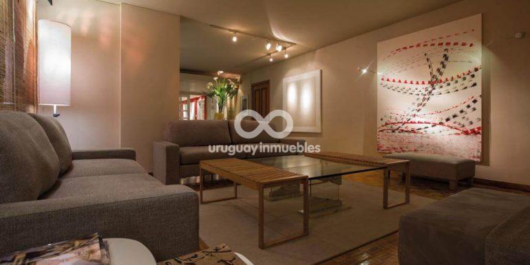 Apartamento con Muebles en Zona Pocitos - Uruguay Inmuebles (2)