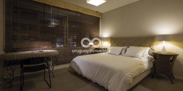 Apartamento con Muebles en Zona Pocitos - Uruguay Inmuebles (20)
