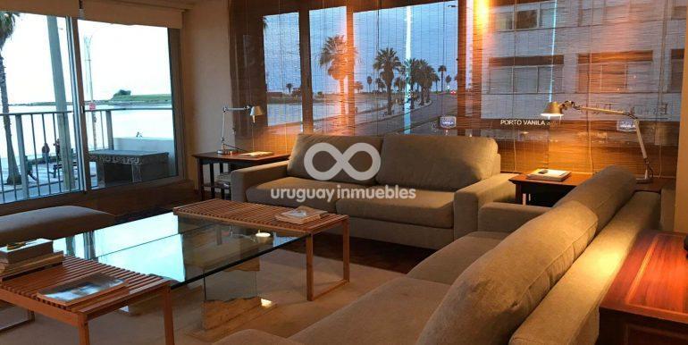 Apartamento con Muebles en Zona Pocitos - Uruguay Inmuebles (21)