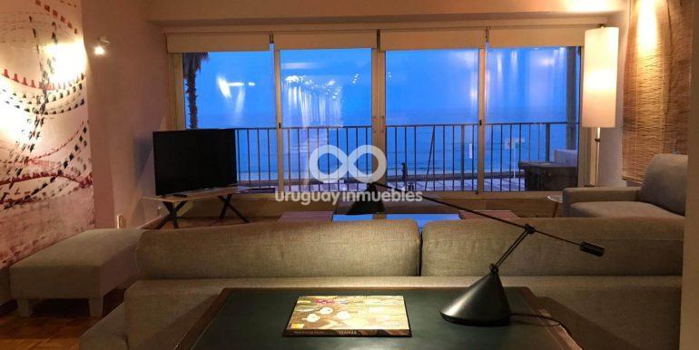 Apartamento con Muebles en Zona Pocitos - Uruguay Inmuebles (22)