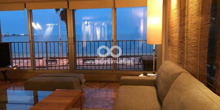 Apartamento con Muebles en Zona Pocitos - Uruguay Inmuebles (24)