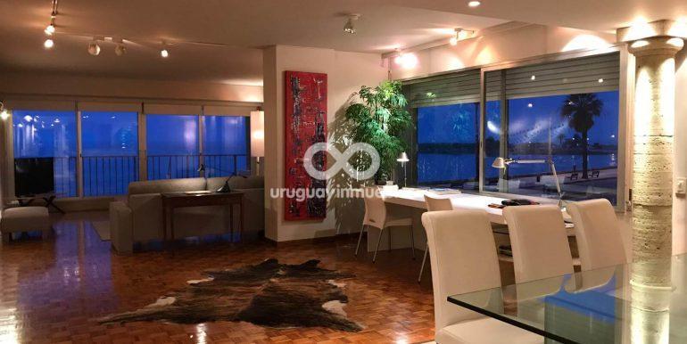 Apartamento con Muebles en Zona Pocitos - Uruguay Inmuebles (3)